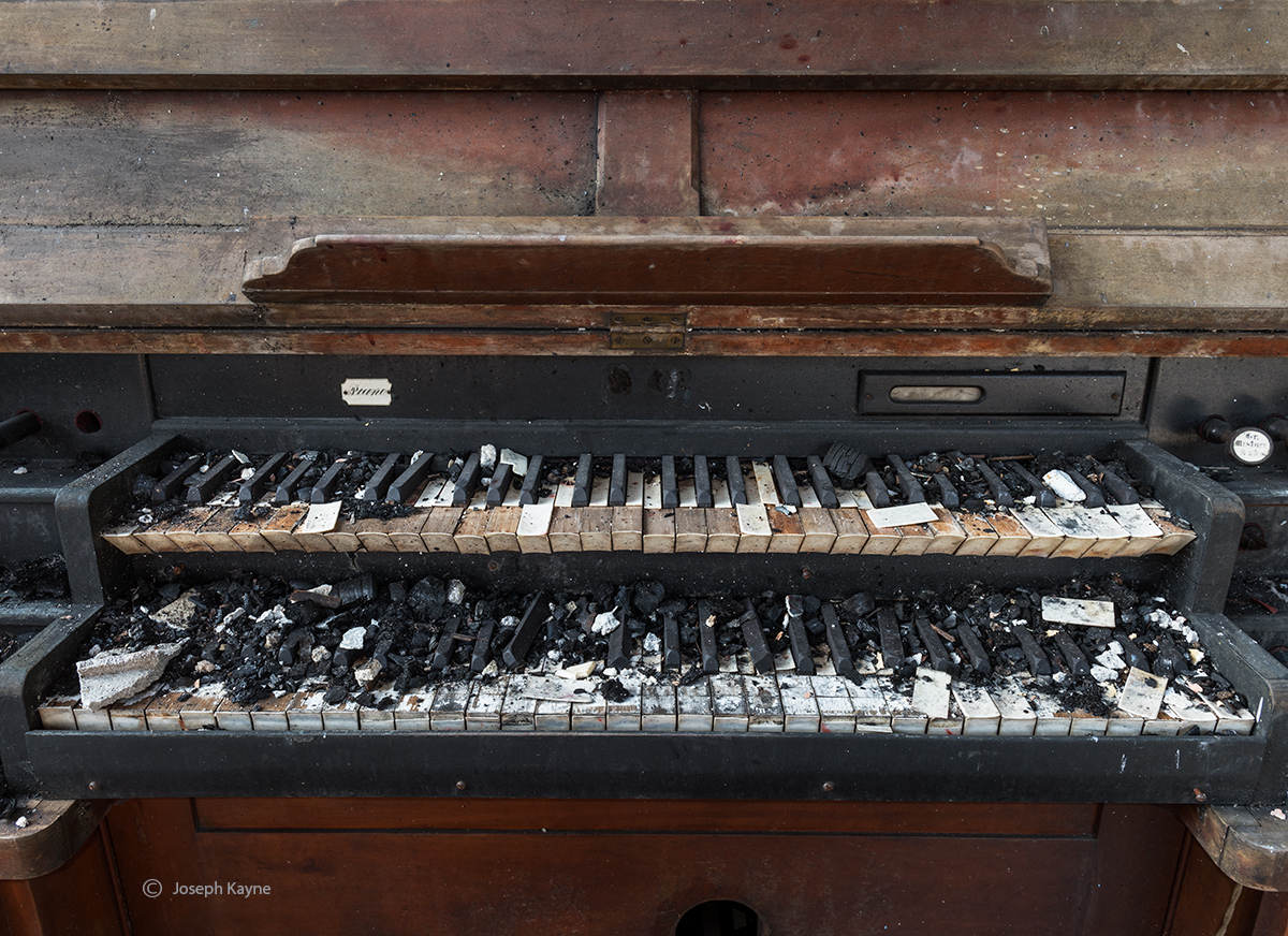 burnt,church,organ,rust,belt,fire, photo