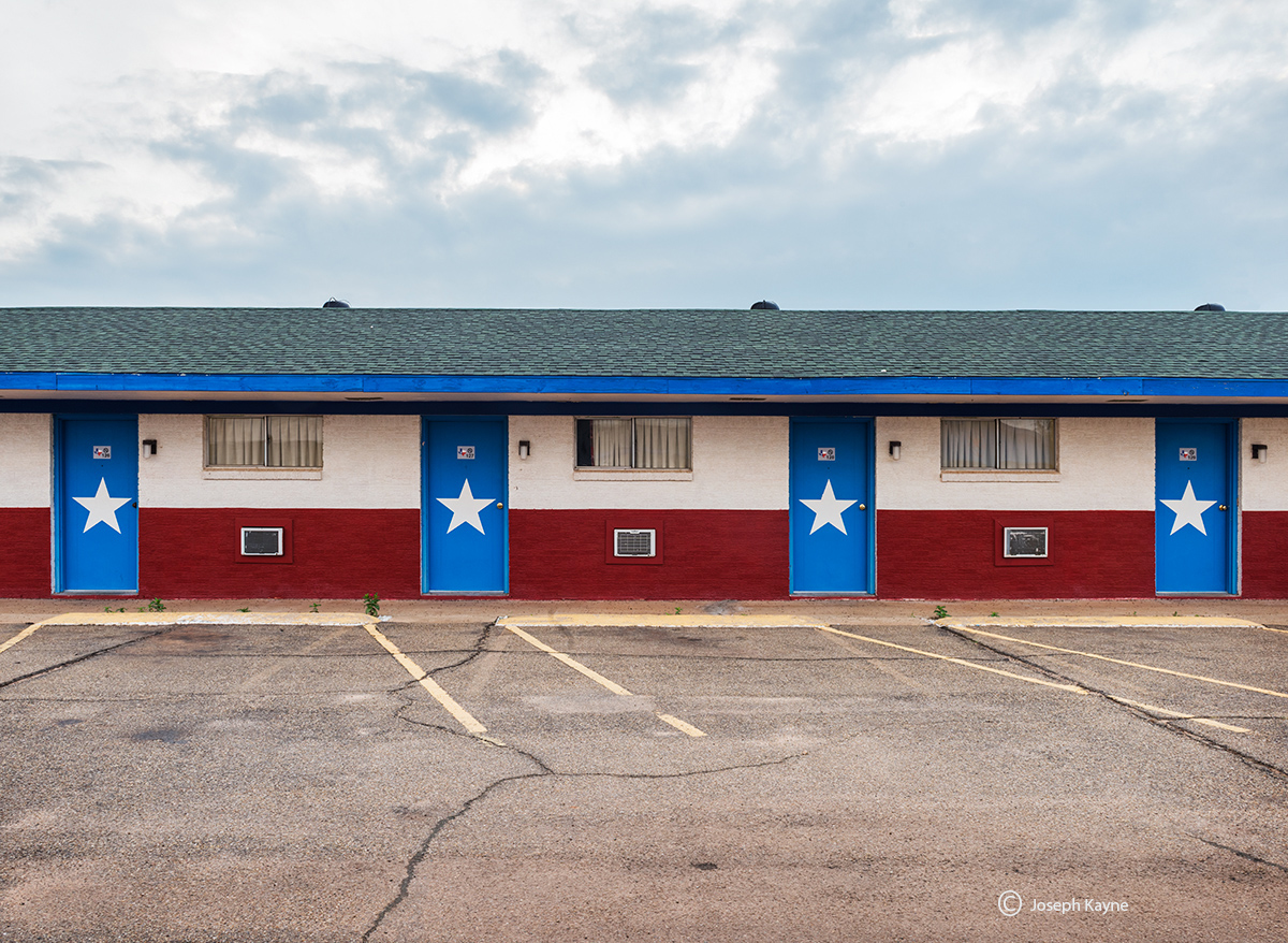 stars,old,motel,rooms,texas, photo