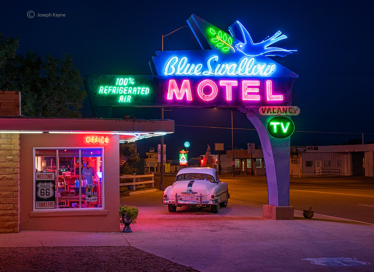 blue,swallow,new,mexico,motel,route,66, photo