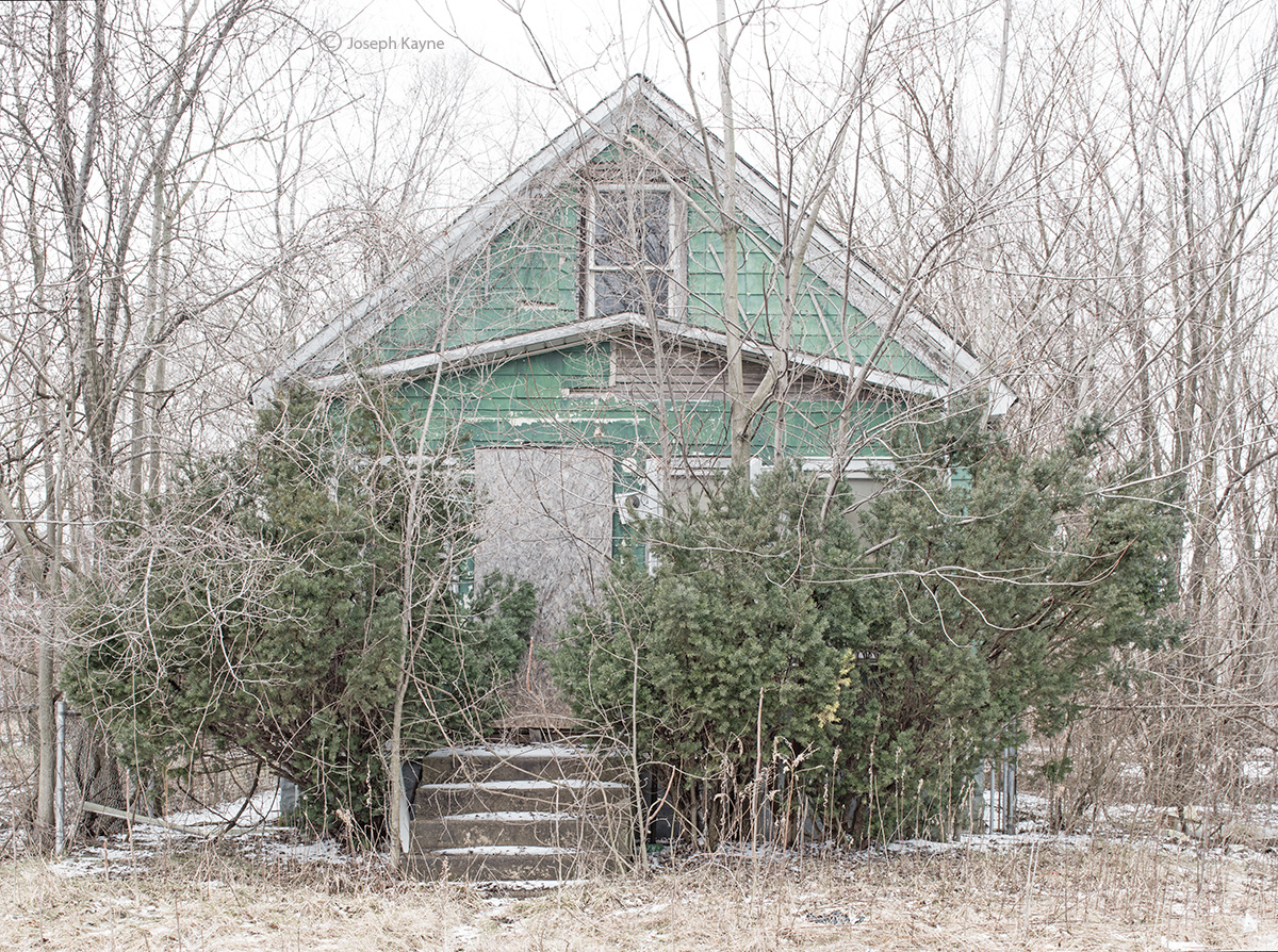 ghost,abandoned,house,rest,belt 	, photo