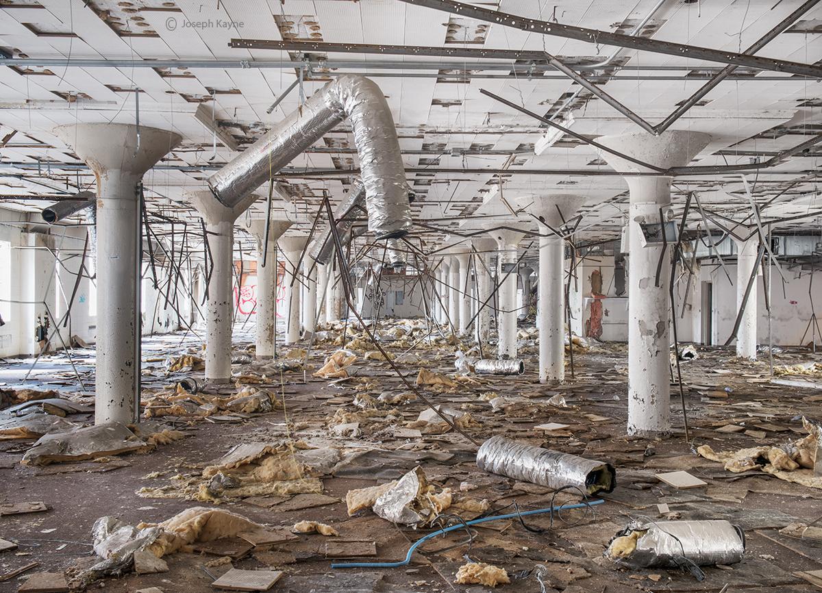 old,abandoned,car,factory,detroit, photo