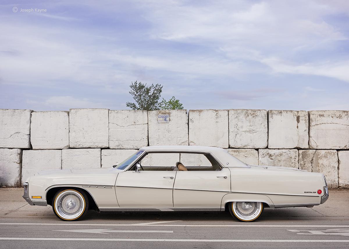 chicago,lowrider,duece,and,a,quarter,buick,electra,225, photo