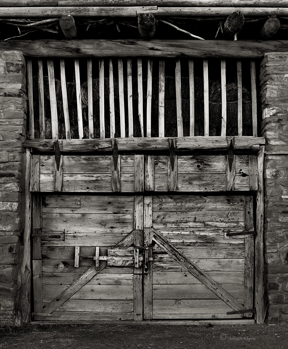 old,barn,door,hubbell,trading,post, photo