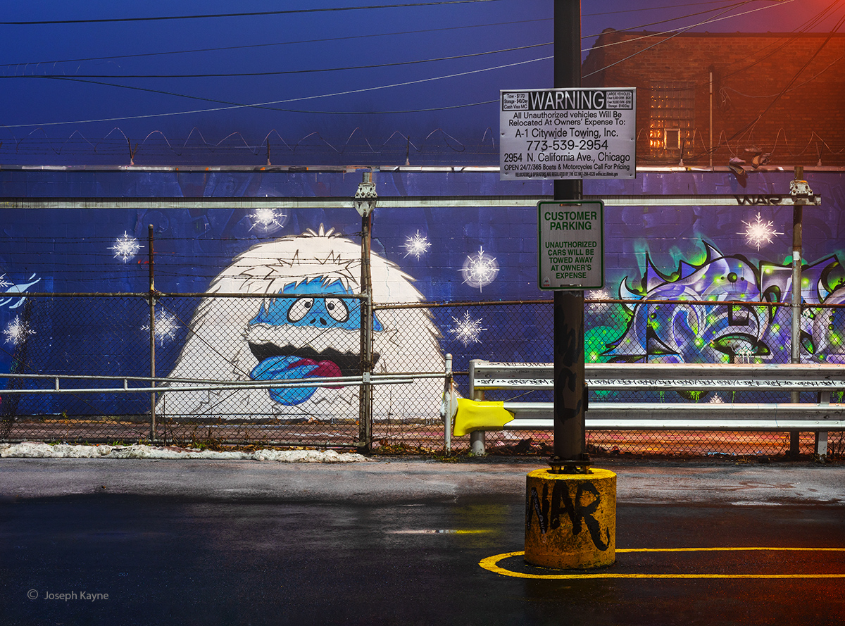 abominable,snow,man,snowman,chicago,alley,art, photo