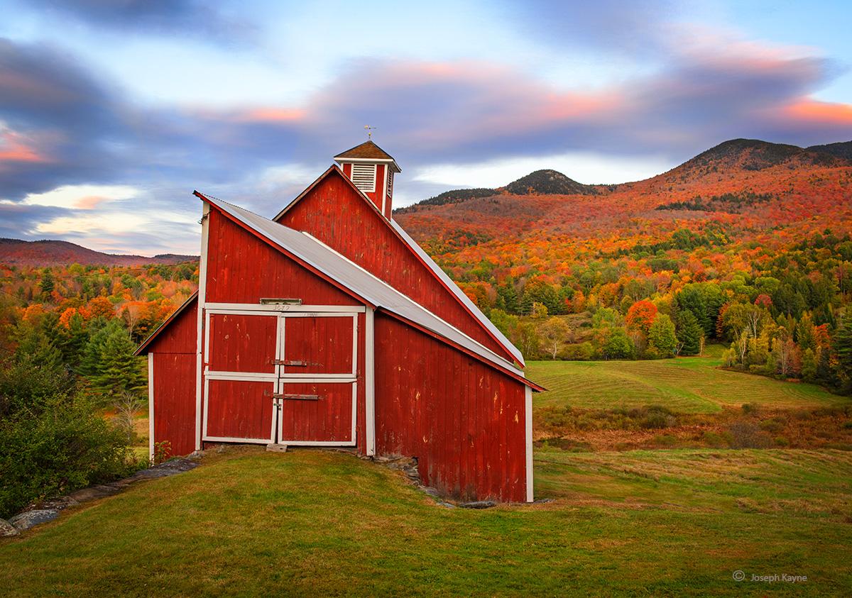 Vermont Barn,Autumn